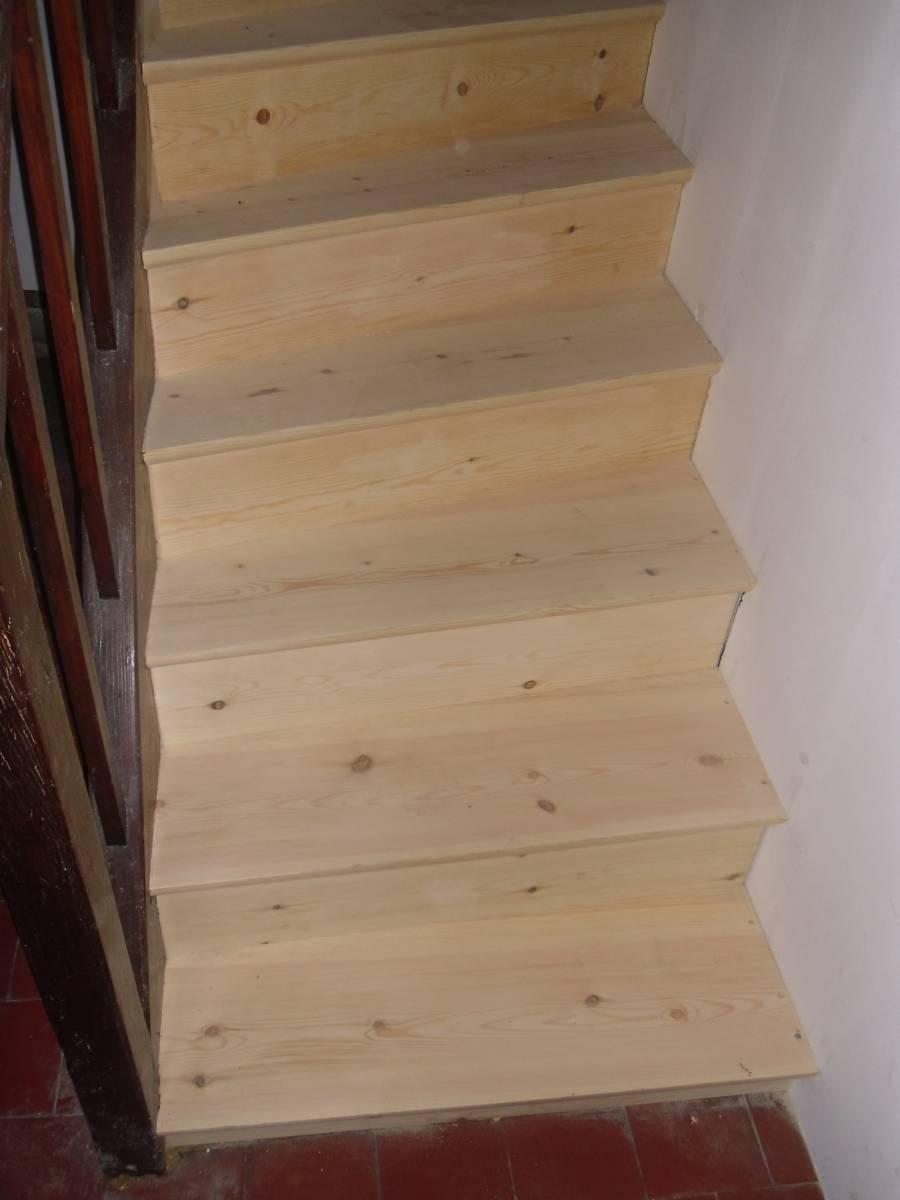 Trouver Un Artisan Menuisier fabriquer un escalier par un artisan proche le havre 76