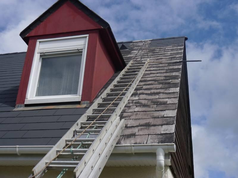 r nover la toiture ext rieure de votre habitation proche le havre 76 peinture menuiserie et. Black Bedroom Furniture Sets. Home Design Ideas